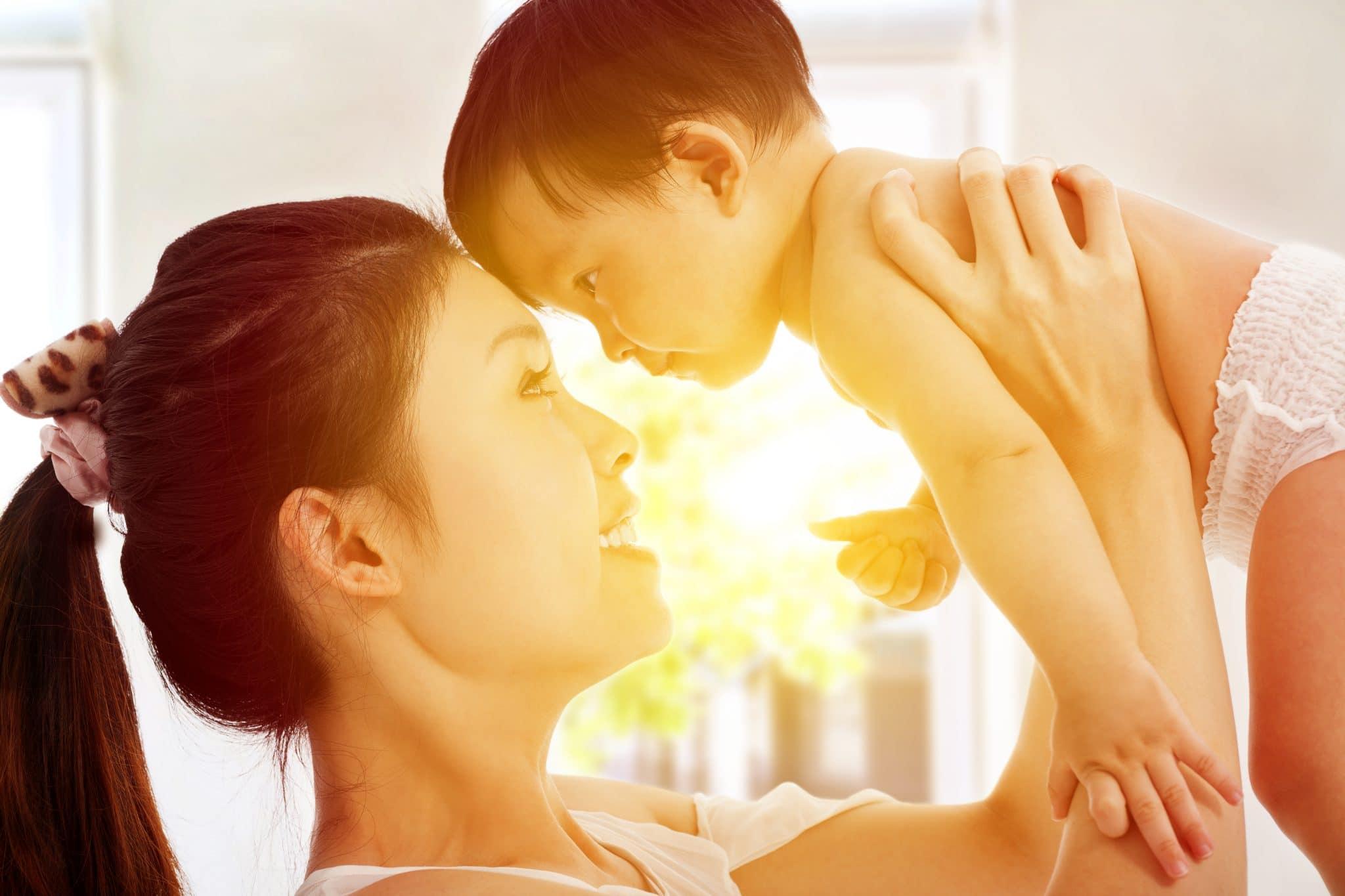 mum child light