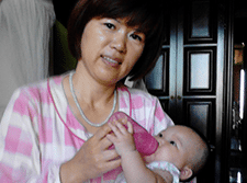 Confinement Lady Agency Singapore Nanny Milk Feeding