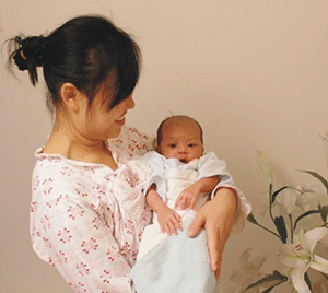 Mother Carry Baby Temporary Nanny Singapore Part Time Nanny Services